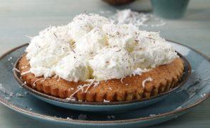 Sobremesa para os gulosos: Tarte com gelado de coco