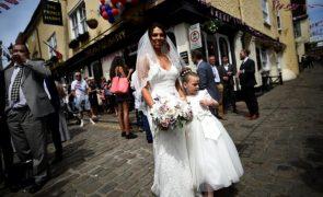 Casamento Real: Ambiente de festa invade Windsor a poucas horas da cerimónia