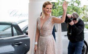 Princesa da Malveira critica vestido de noiva de Meghan Markle