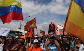Mais de 20,5 milhões elegem hoje Presidente da Venezuela