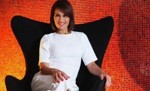 Fátima Lopes Aos 49 anos, apresentadora surge arrasadora de triquini