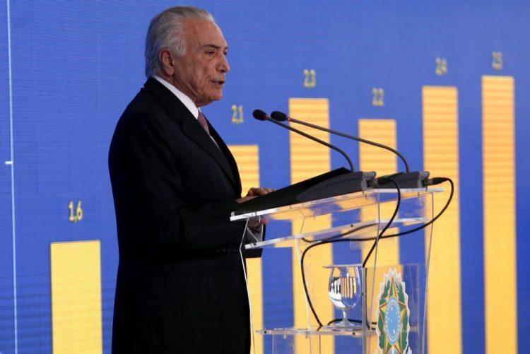 PR brasileiro encerra Fundo Soberano para pagar dívida pública federal