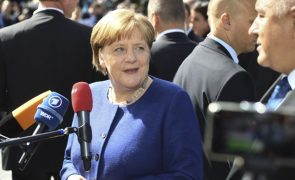Angela Merkel visita Portugal ainda este mês