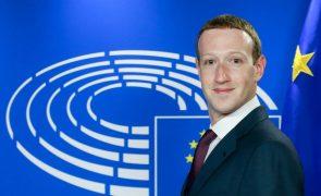 Zuckerberg desculpa-se no Parlamento Europeu