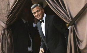 George Clooney: o barman mais charmoso do casamento real