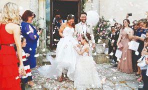 Sérgio Rosado e Andreia Nascimento casam-se na presença dos filhos: «Um dia mais do que perfeito!»