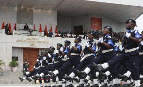 Banco angolano financia com 54,8 MEuro compra de alimentos para polícias e militares