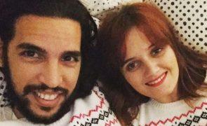 Carolina Deslandes e Diogo Clemente Vivem momento feliz a quatro na própria cama
