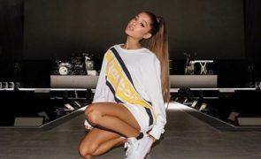Ariana Grande Homenageia, na pele, vítimas do atentado de Manchester!