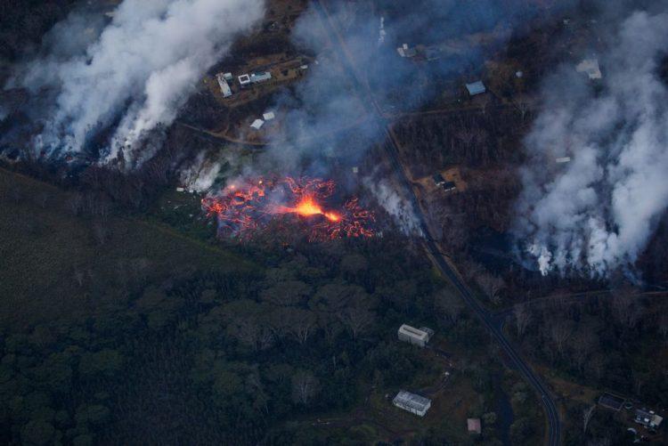 Autoridades no Havai contabilizam 82 estruturas destruídas por erupção do Kilauea