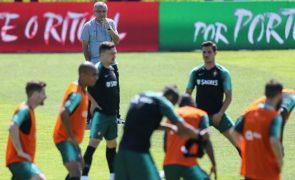 João Moutinho e Gonçalo Guedes integram treino com guarda-redes dos sub-21