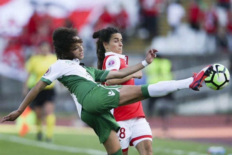 Portugal sobe no 'ranking' de futebol feminino