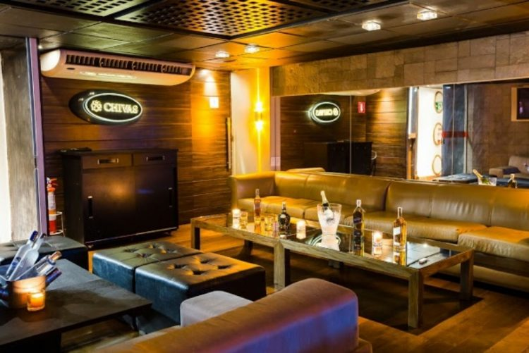 Abriu discoteca com prostitutas de luxo a 700 euros por 'voltinha' [vídeo]