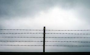 Ordem dos Advogados de Moçambique acusa guardas prisionais de abusos em cadeia