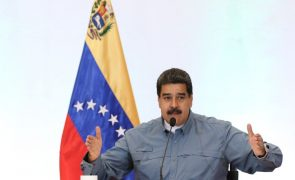 Presidente venezuelano reforma gabinete e designa 11 ministros através do Twitter