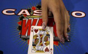 Macau quer proibir entrada nos casinos a funcionários do setor