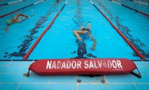 Só 20% dos nadadores-salvadores regressa às praias no ano seguinte ao curso