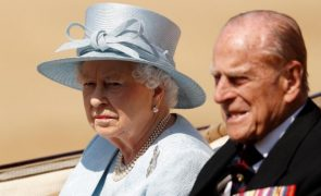 Livro revela novo caso de traição a Isabel II