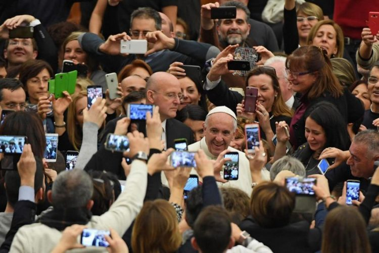 Papa Francisco pede velhice