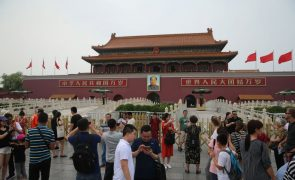 China denuncia chantagem dos EUA e ameaça retaliar contra novas taxas aduaneiras