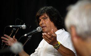 Luís Represas edita novo álbum com participação de Carlos do Carmo e Mia Rose