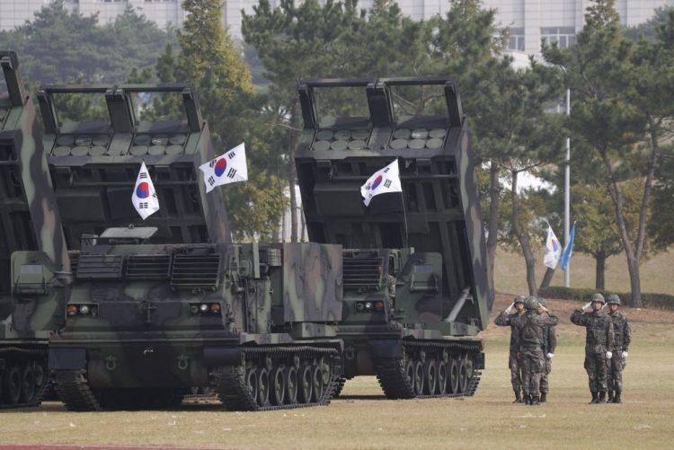 Coreia do Sul suspende manobras militares previstas na próxima semana