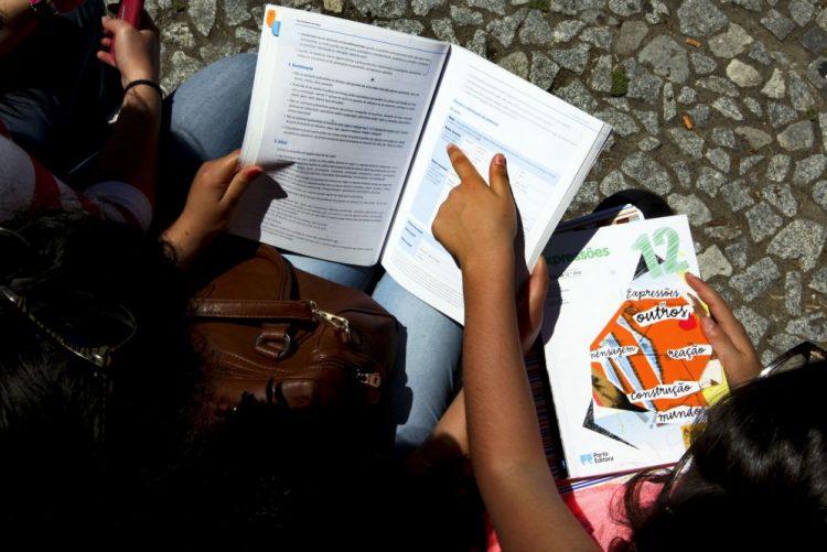 Exames/9.º ano: Maioria das escolas chumba a Português e Matemática