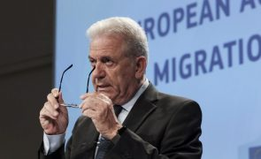 Migrações: Bruxelas quer criar centros de triagem no Norte de África