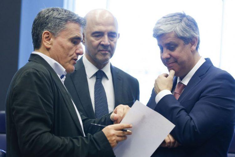 Eurogrupo alcança acordo para a conclusão do último resgate da Grécia