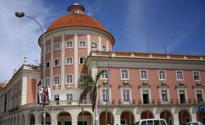 Angolanos limitados a 1.000 euros mensais de apoio a familiares no estrangeiro