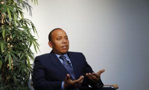 Pessoas que desempenharam altos cargos envolvidas na tentativa de subversão - PM são-tomense