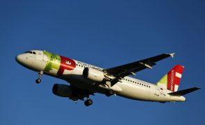 TAP cancela dois voos Barcelona-Lisboa por