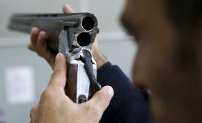 Grupo armado assalta ourivesaria em Ponte de Lima e vizinho reage a tiro