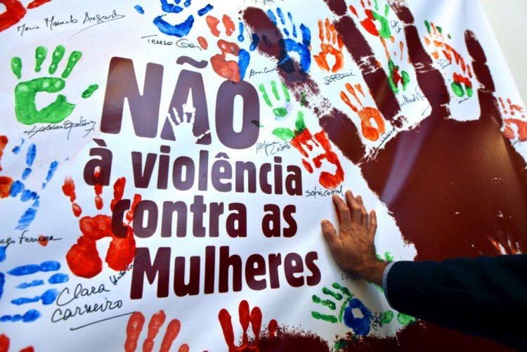 Ministra moçambicana diz que morte da filha de Guebuza expõe vulnerabilidade da mulher