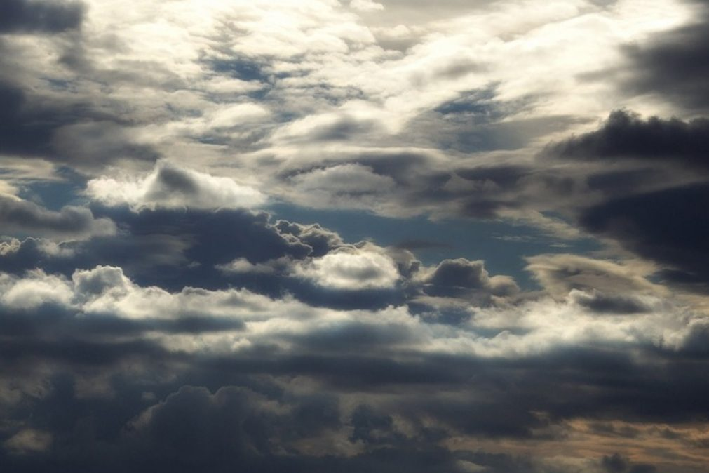 Meteorologia: Previsão do tempo para terça-feira, 27 de outubro