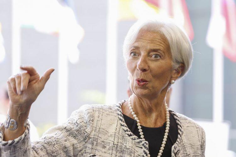 FMI defende