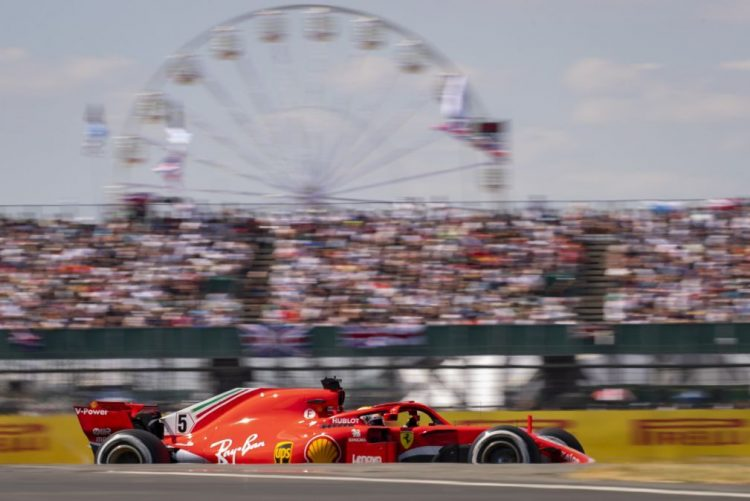 Vettel vence GP da Grã-Bretanha e distancia-se de Hamilton no Mundial de Fórmula 1
