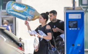 Exclusivo: Cynthia e Nuno 'apanhados' à saída da maternidade