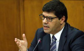 Portugal vê relações com Angola num