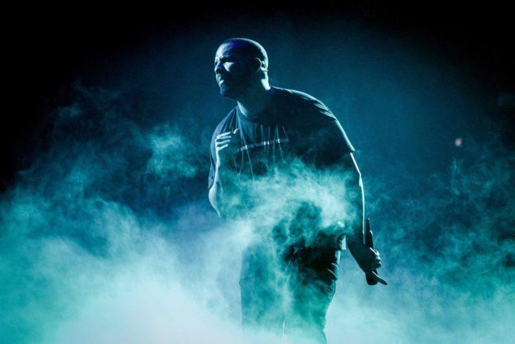 Drake bate recorde dos Beatles