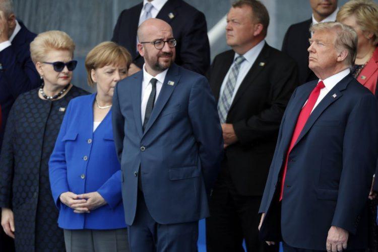 Donald Trump destaca «excelente relação» com Angela Merkel