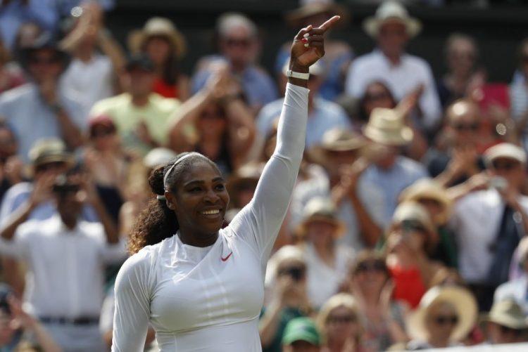 Serena Williams apura-se para a sua décima final em Wimbledon