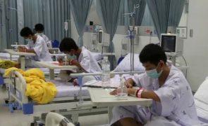 Rapazes tailandeses ainda estão no hospital mas já só pensam no que vão comer assim que sairem