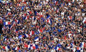 França campeã mundial pela segunda vez, ao bater Croácia na final