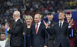 Edição russa do Mundial de futebol fechou com 169 golos, a dois do recorde
