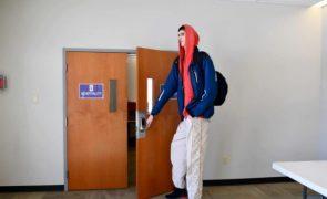 Adolescente mais alto do mundo prestes a entrar na NBA [fotos e vídeos]