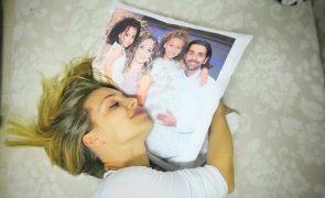 Luciana Abreu mostra uma das gémeas