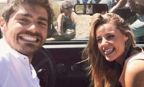 Kelly Bailey e Lourenço Ortigão descuidam-se na Internet