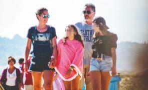 Fernanda Serrano no Algarve Apanhámos a atriz durante as férias em família