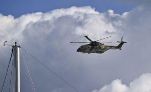 Força Aérea resgata tripulante de pesqueiro nos Açores